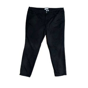 Lane Bryant  BLACK Mid-Rise Skinny Jean Size 22